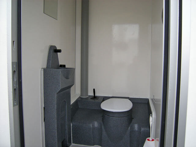 toilettenwagen miet wc. Black Bedroom Furniture Sets. Home Design Ideas
